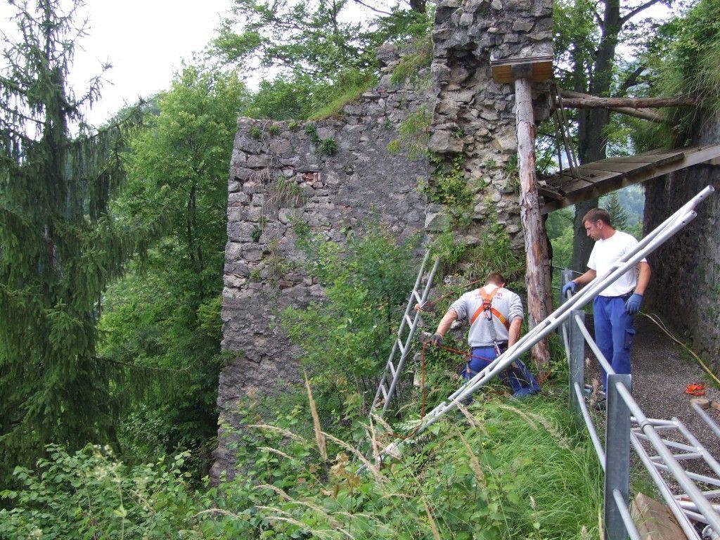 Der Wächterturm der Burgruine Alt-Ems wird saniert!