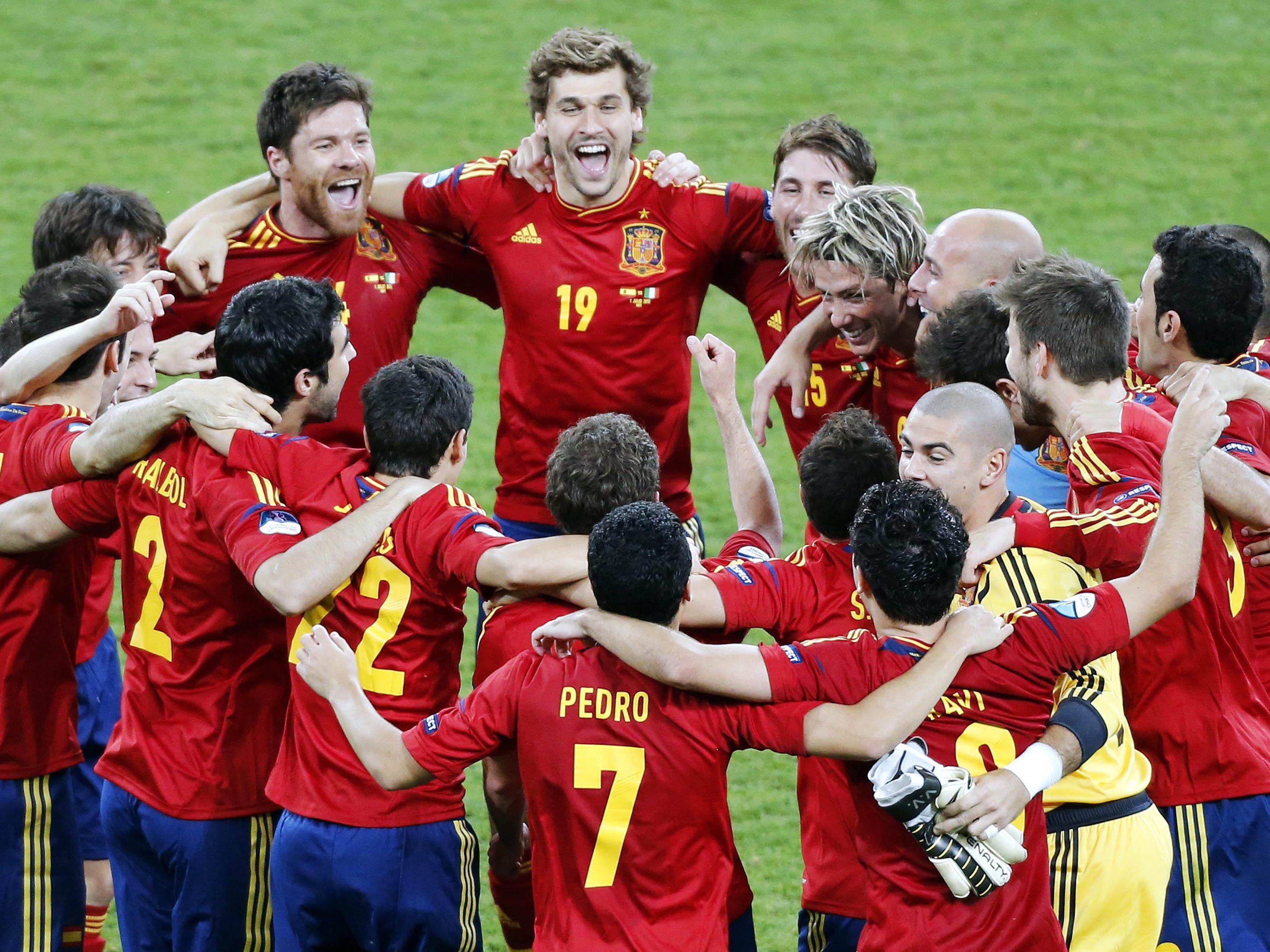 Spanien schafft historische EM-Titelverteidigung.