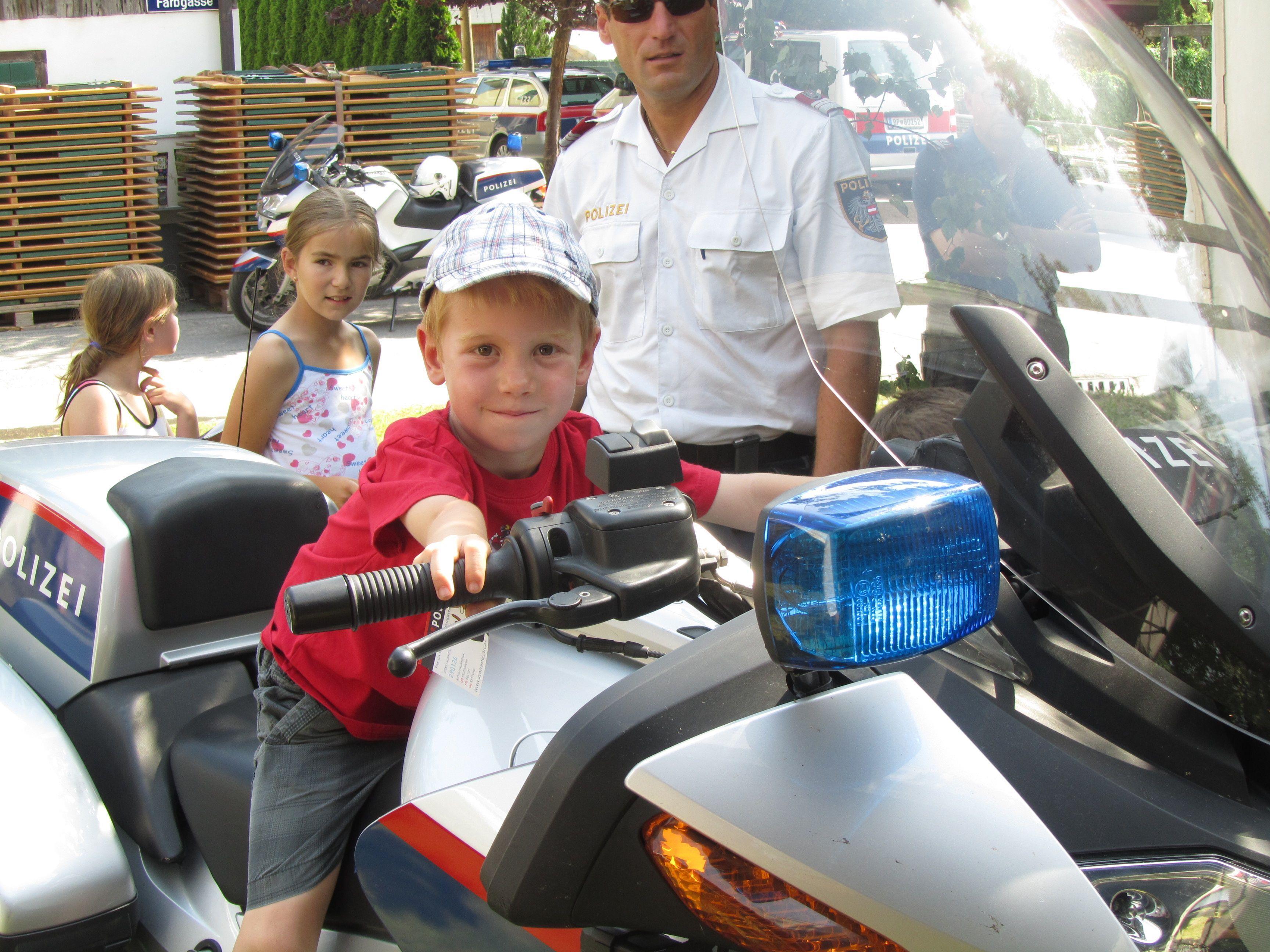 Spaß mit der Kinderpolizei