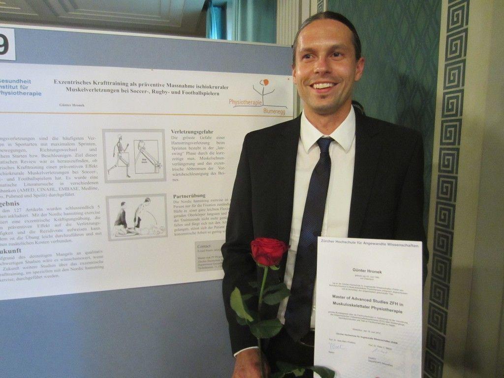 Erfolgreicher Studienabschluss an der FH Zürich für Physiotherapeut Günter Hronek.