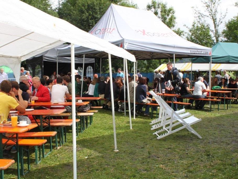 Zahlreiche Besucher genossen den Jazzbrunch am Sonntag Morgen.
