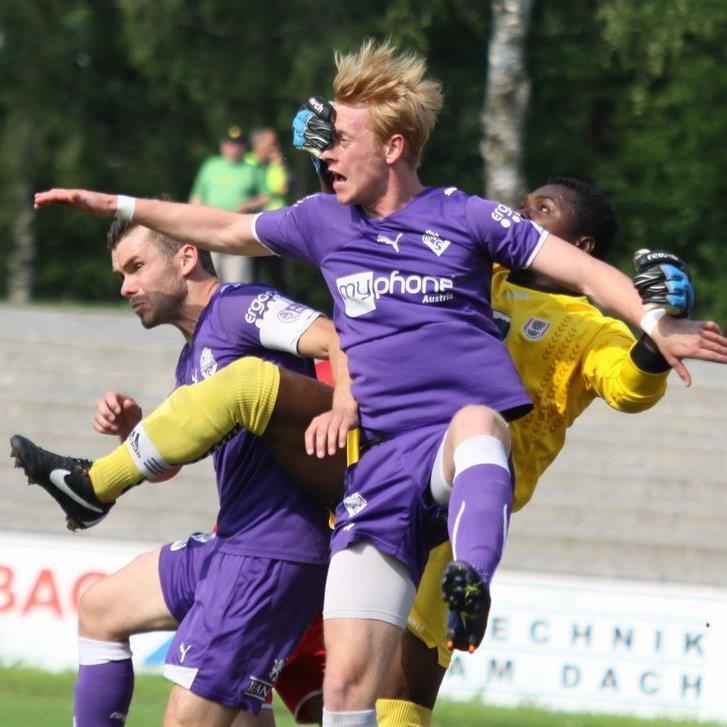Fünfzehn von 16 Trainer tippen auf FC Liefering als kommenden Meister der Regionalliga West.