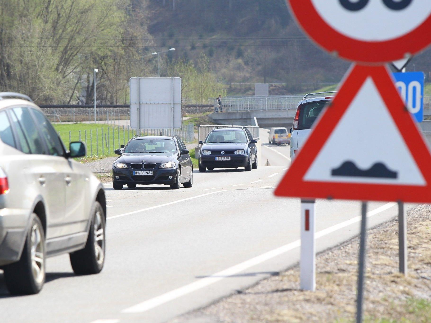L200 wird bis 4. August zwischen Kreisverkehr Dornbirn Nord und Achraintunnel saniert.