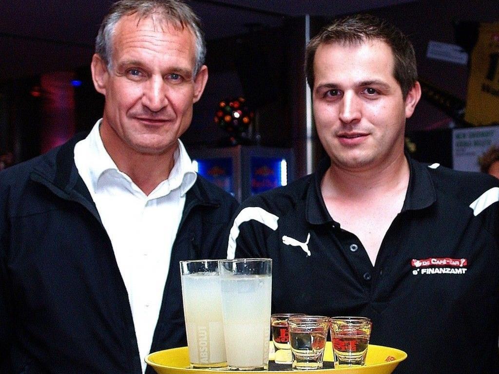 Geschäftsführer Michael Plangger konnte zur 3 Jahres-Feier auch Bürgermeister Markus begrüßen.