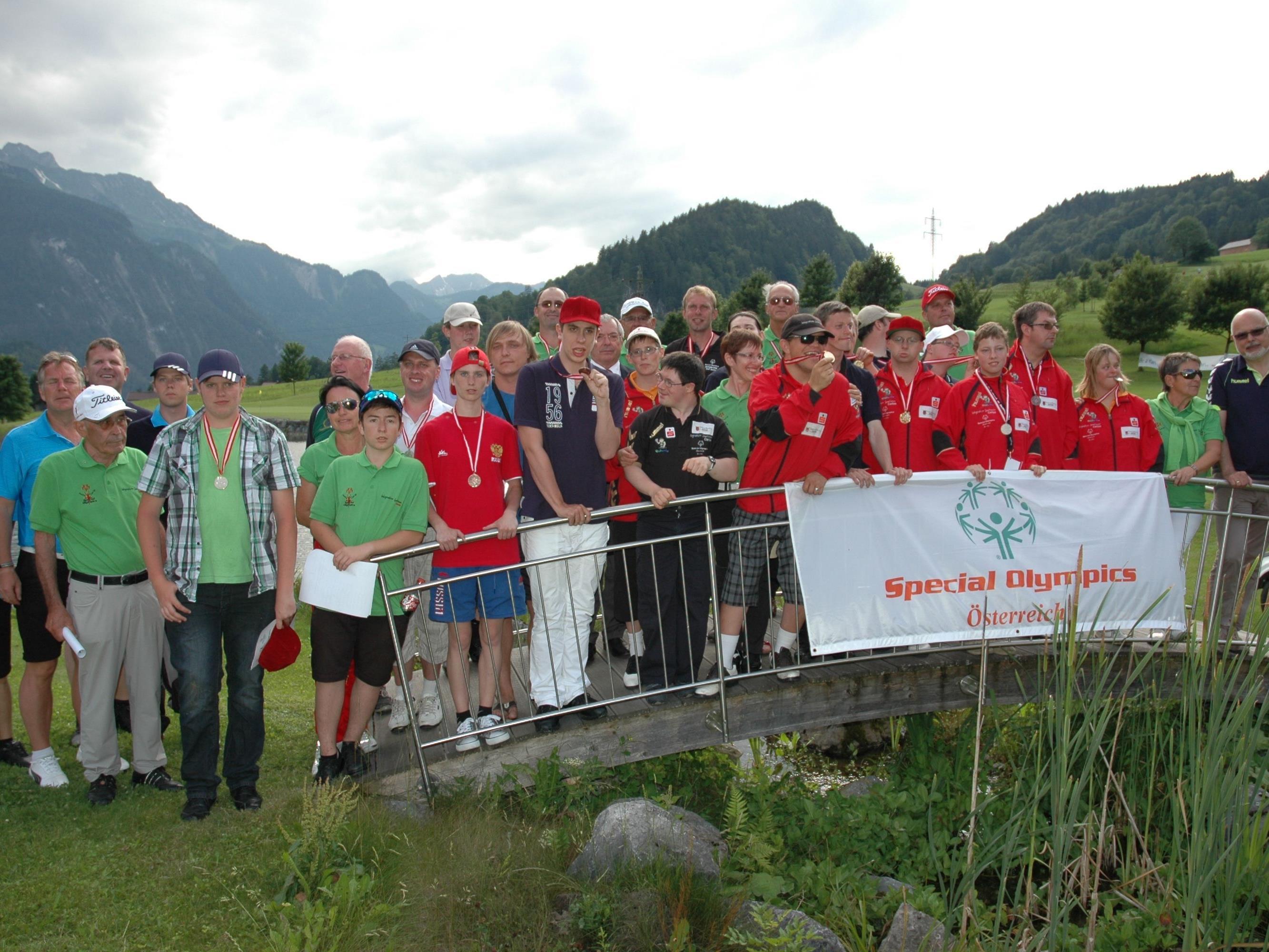 Gruppenbild der Teilnehmer zu Erinnerung an schöne Tage …
