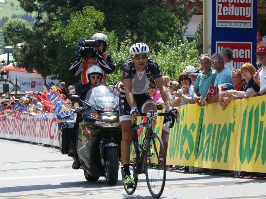 Robert Vrecer holt für das Team Vorarlberg bei der Ö-Tour Königsetappe einen Podestplatz.