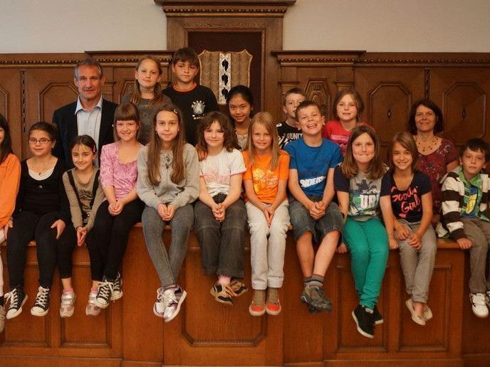 Bürgermeister freute sich über junge Besucher