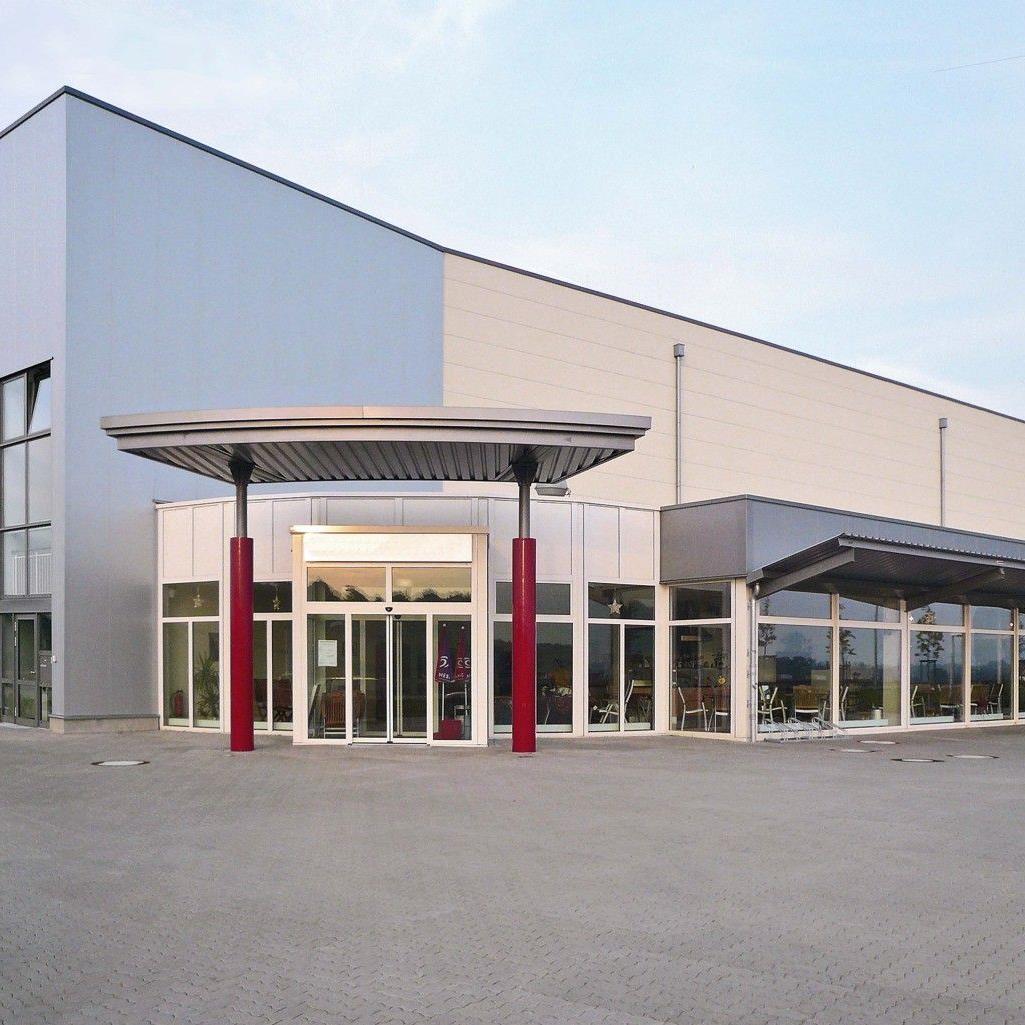 Das neue Logistik- und Versandhandelszentrum von Walser in Gallin.