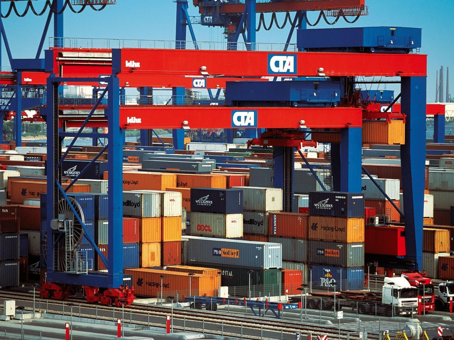 Größter Einzelauftrag der Firmengeschichte Künz im Hafen Rotterdam.
