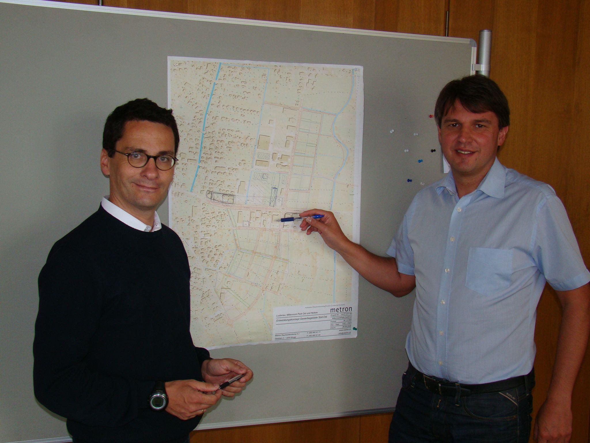 Gemeindesekretär Dr. Eugen Kanonier ist einer der wichtigsten Mitarbeiter von Bürgermeister Dr. Kurt Fischer.