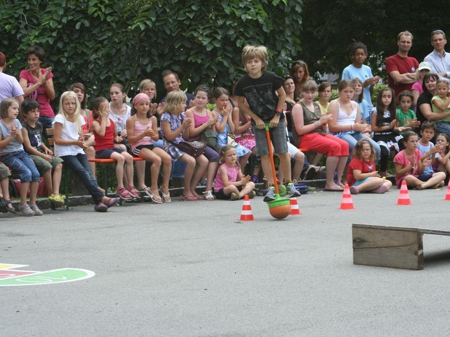 6. Juli ab 15 Uhr: School is over party in Klaus.