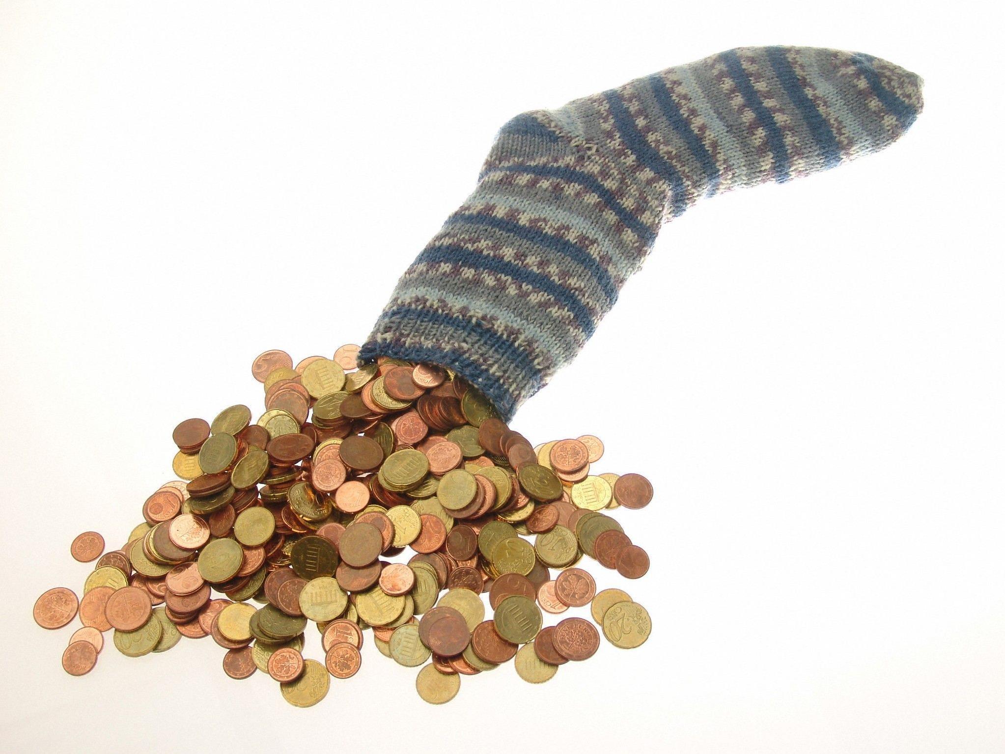 AK gibt Tipps und verlangt klarere Informationen für Bankkunden.