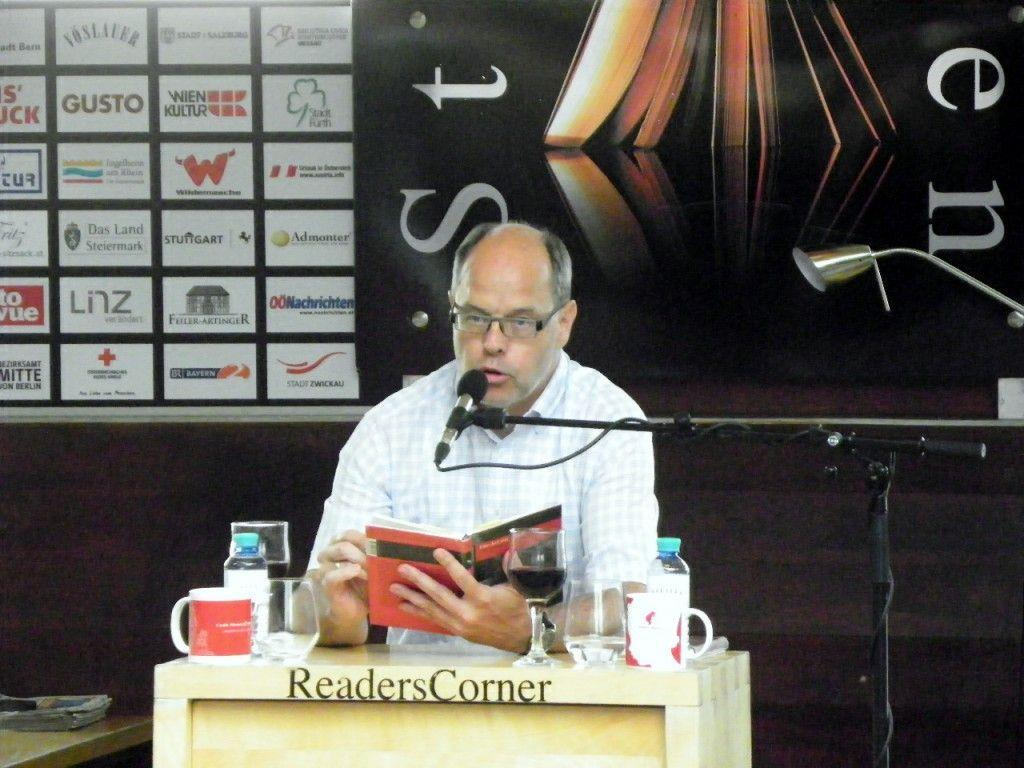 Autor Peter Natter las aus seinen Ibele-Romanen
