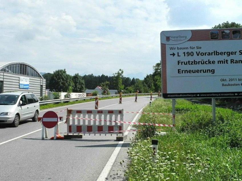 Ab dem 21. August wird die derzeitige Hilfsbrücke über die Frutz bis zum 24, August total gesperrt!