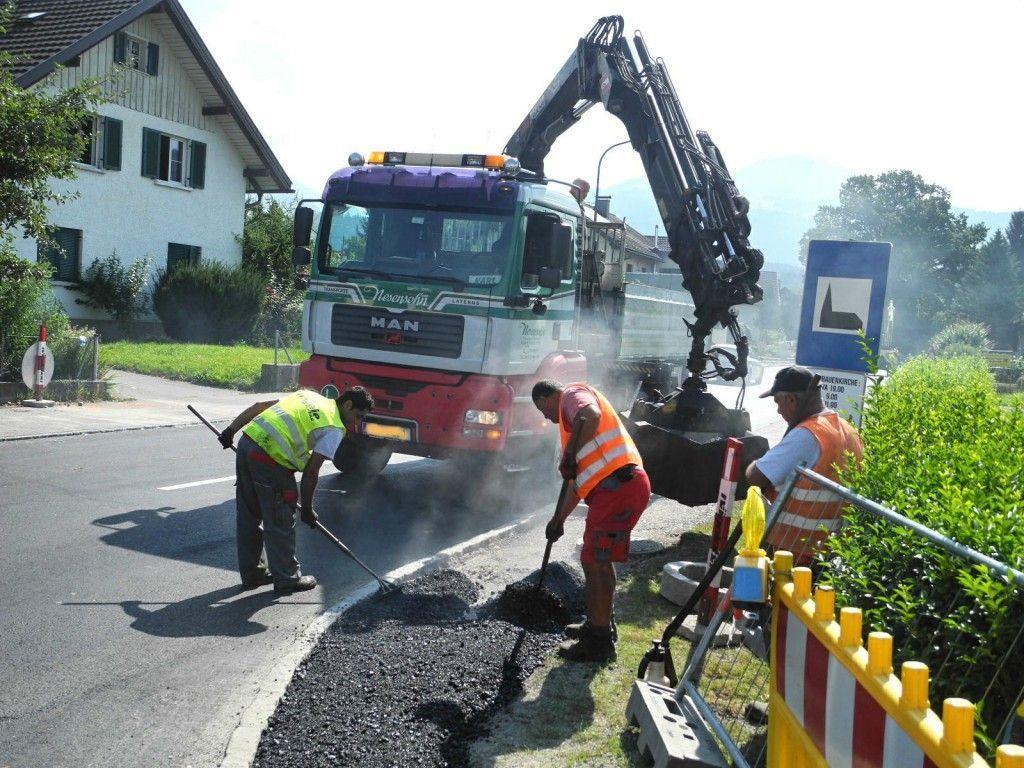 Noch zahlreiche Restarbeiten sind an der Langgasse und der Räterstraße noch zu erledigen, deshalb ist noch Tempo 30 signalisiert