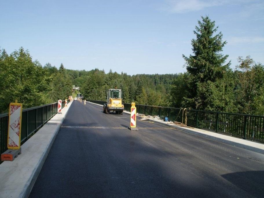 Die Bärentobelbrücke ist wieder frei befahrbar