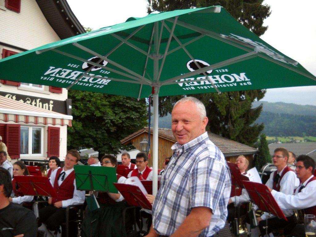 Tourismusobmann Roman Immler begrüßte auch im GH Kreuz viele Gäste.