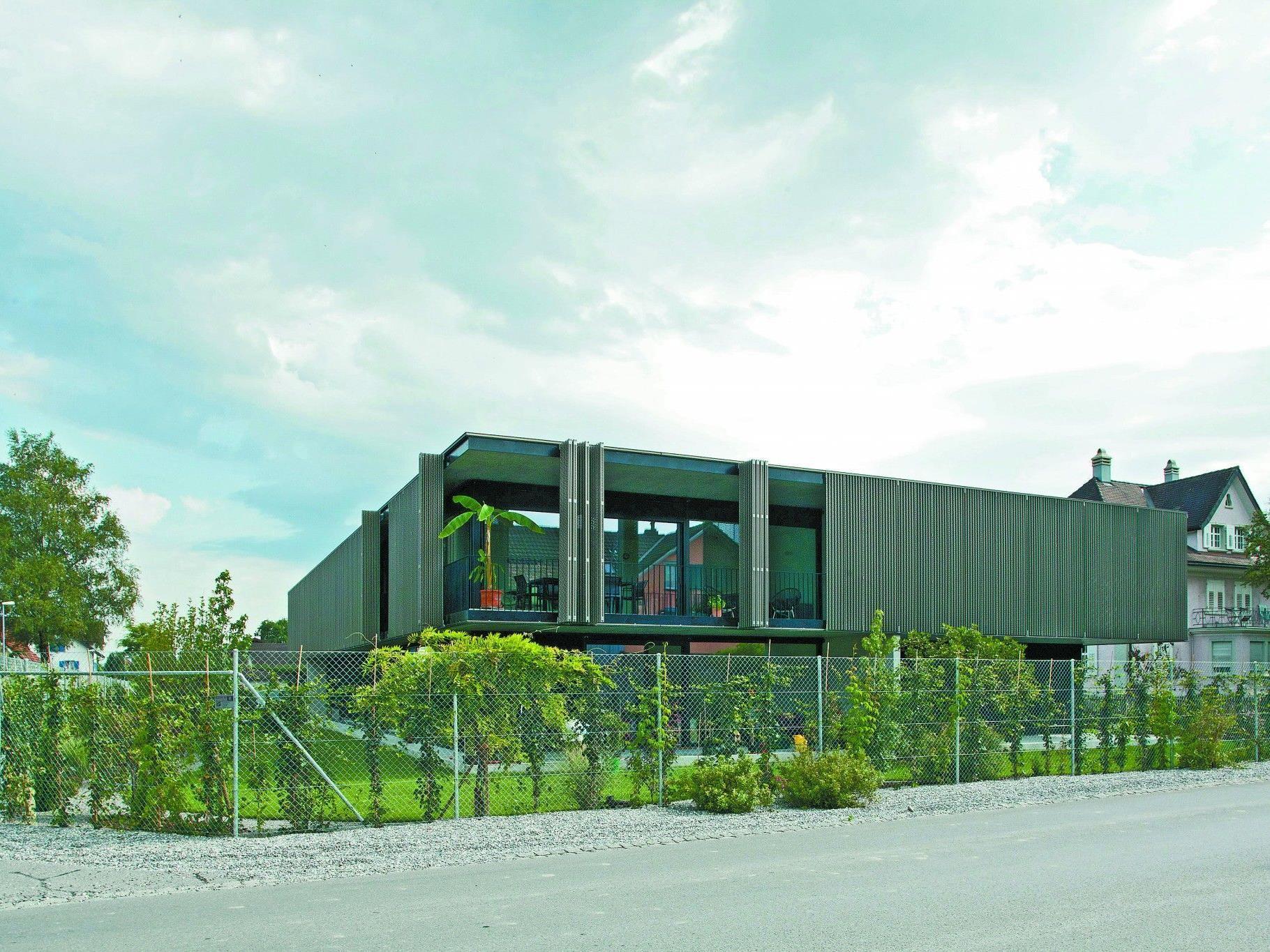 Ein Mehrwohnungshaus in Diepoldsau bietet anspruchsvollen Raum für sieben Mietparteien.