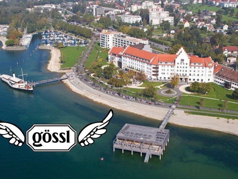 """Gössl lässt die Dirndln fliegen"""" – Kultevent am Bodensee auf dem Badehaus des Seehotel Am Kaiserstrand in Lochau."""