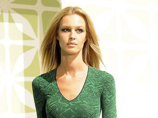 Austria S Next Topmodel Melanie Scheriau Lost Lena Gercke