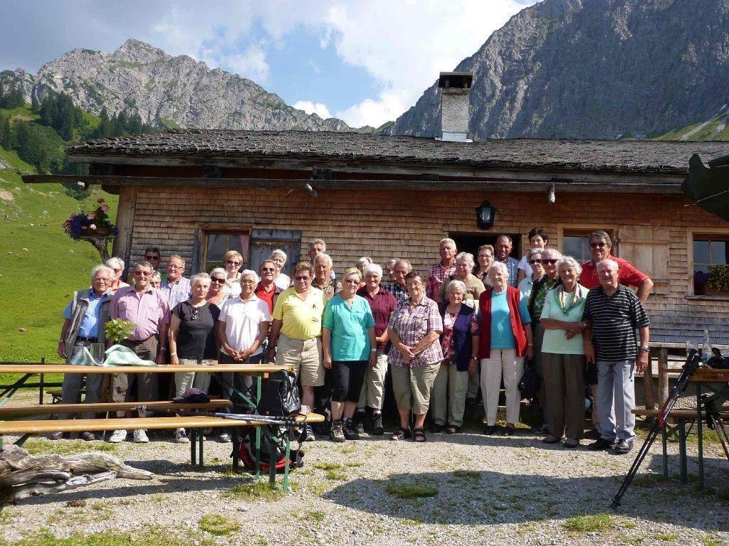 Die Fraxner Seniorinnen und Senioren genossen den Ausflug auf die Steris-Alpe im Großen Walsertal.