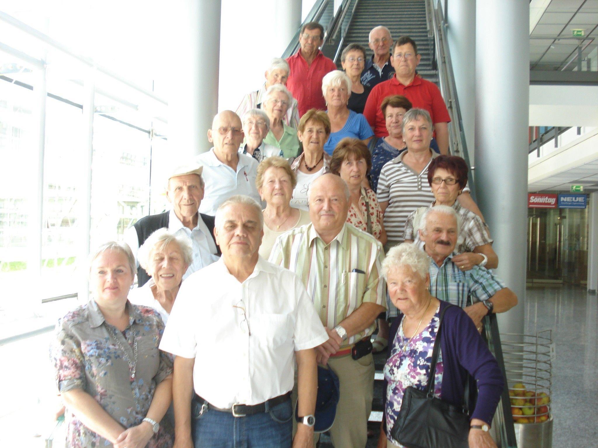 Viel zu sehen und zu erfahren gab es für die Götzner Pensionisten im Medienhaus in Schwarzach.