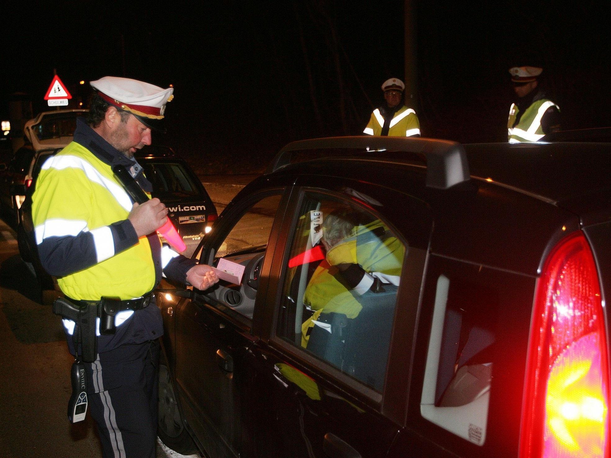 Archivbild: Der Oberösterreichsichen Polizei ist Donnerstagabend ein Drogenlenker ins Netz gegangen.