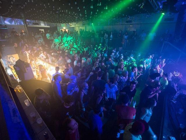 Noch zwei Wochen Party auf dem poolbar-Festival.