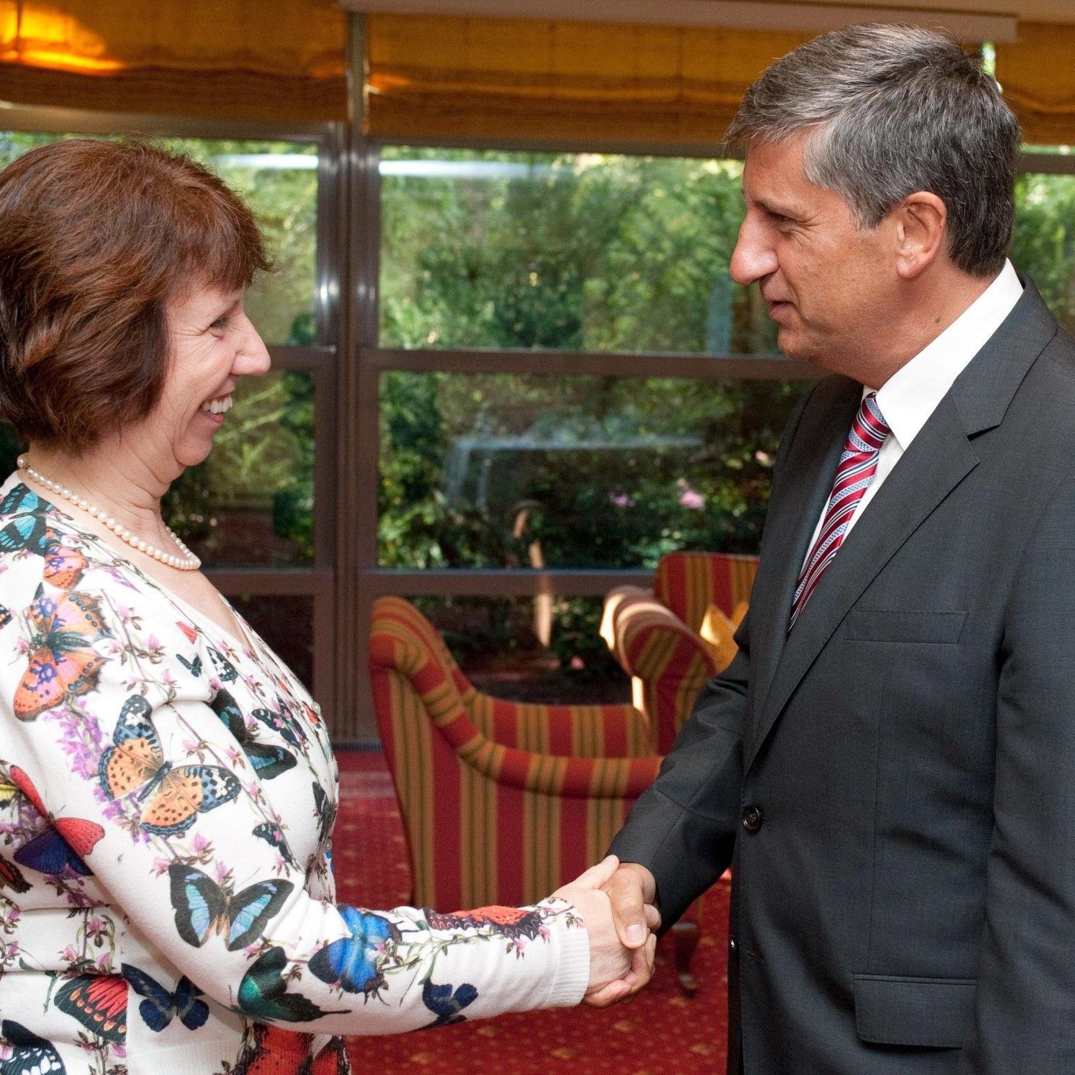 """Außenminister Michael Spindelegger trifft am Freitag im Rahmen des """"Trilog Salzburg 2012"""" mit EU-Außenkommissarin Catherine Asthon zu einem Gespräch zusammen."""