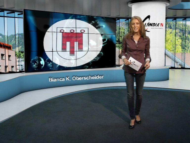 Moderatorin Bianca Oberscheider im virtuellen Ländle TV Studio