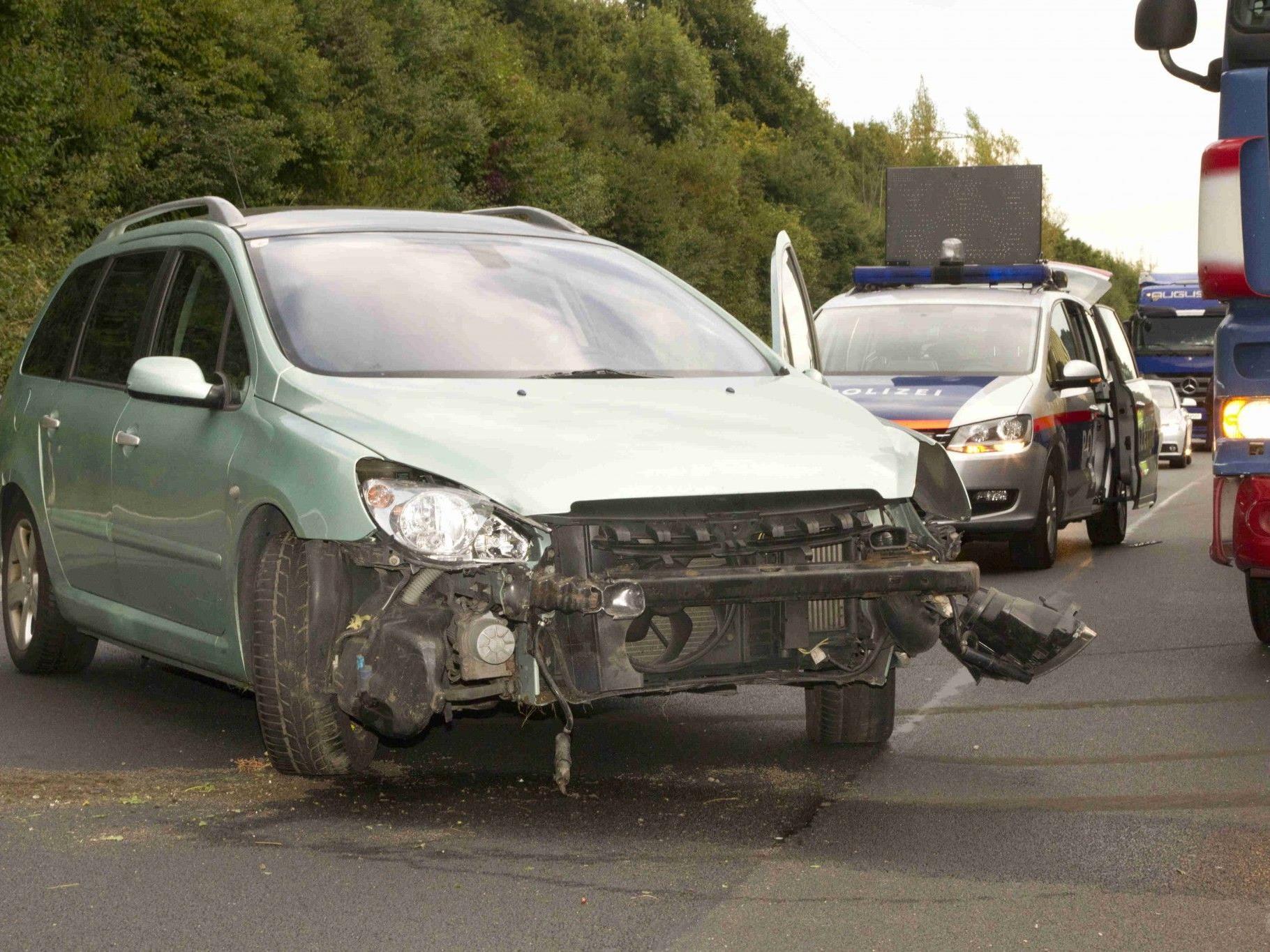Unfall mit Sachschaden auf der A14.