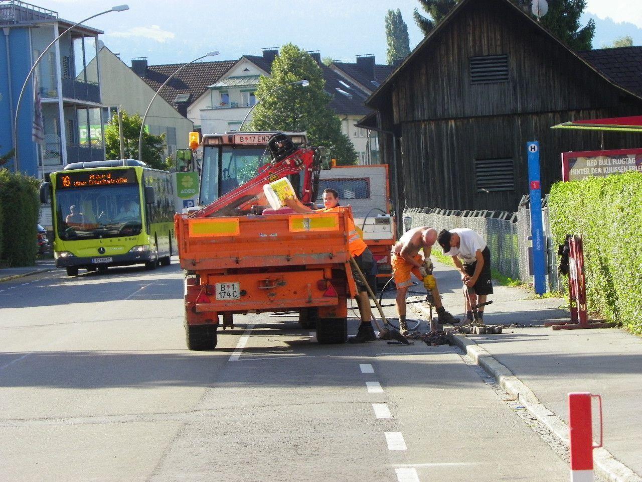 Verkehrsbehinderungen durch Baubetrieb