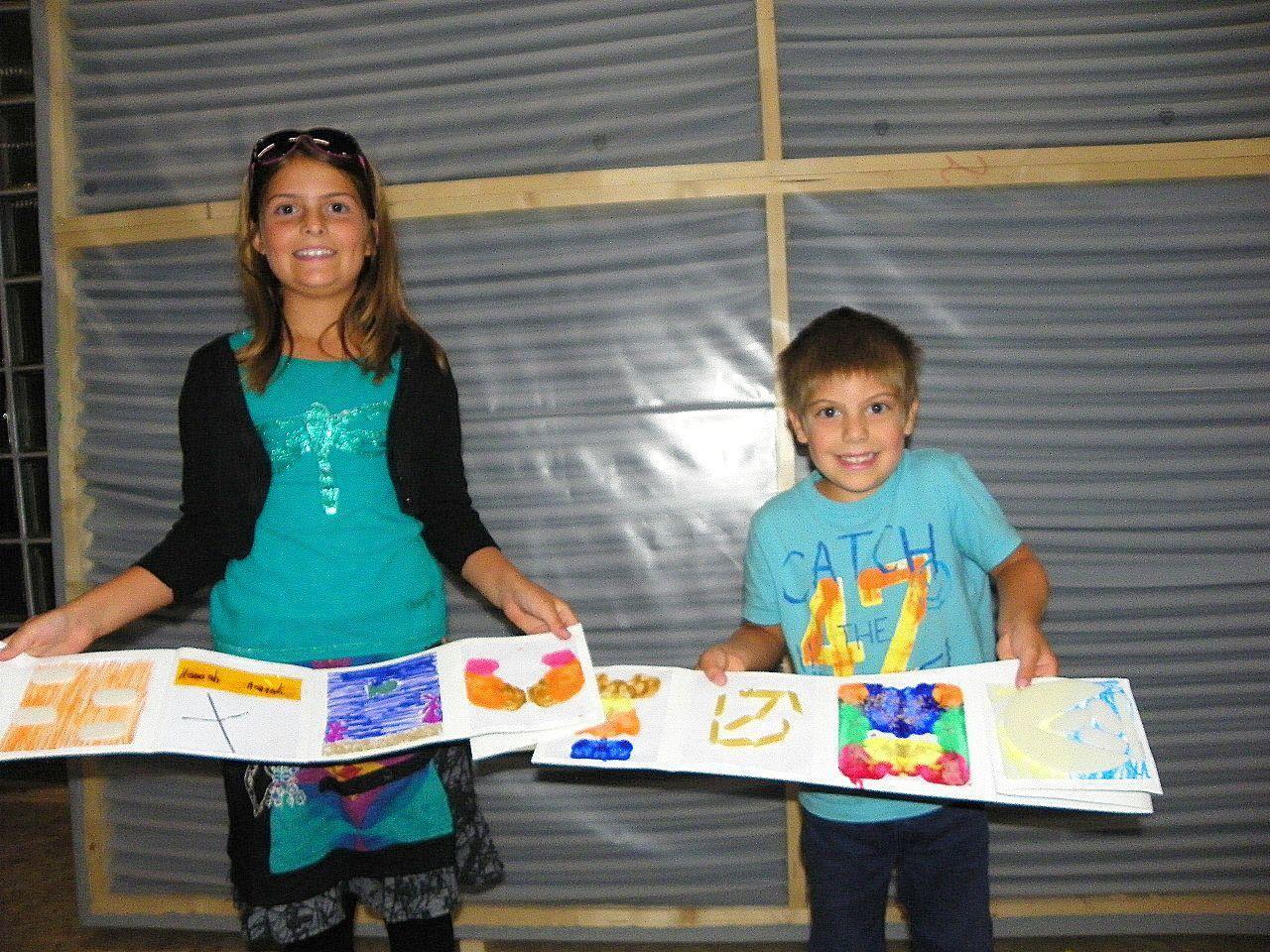 Hanna und Felix gestalteten ein Leporello