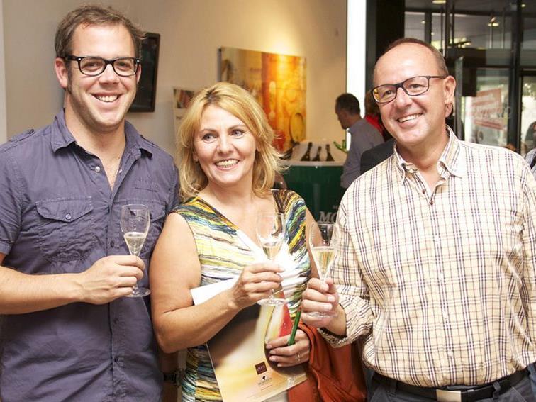 Manuela Kuchernig mit David Breznik und Bruno Schratzer (ORF).