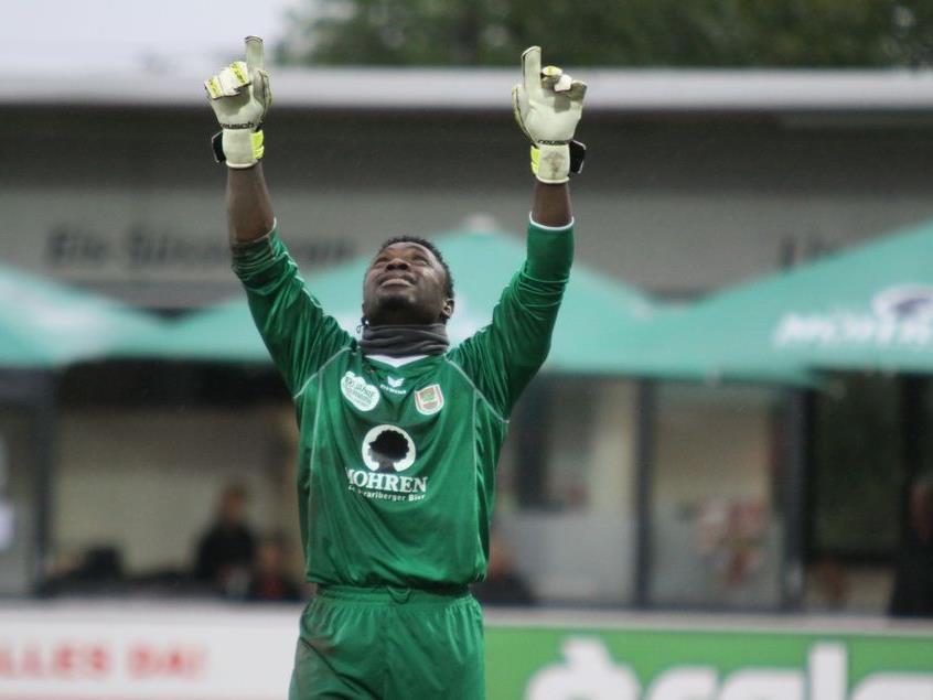 Dornbirn Goalie Joshua Ndybisi hielt seinen Kasten rein.