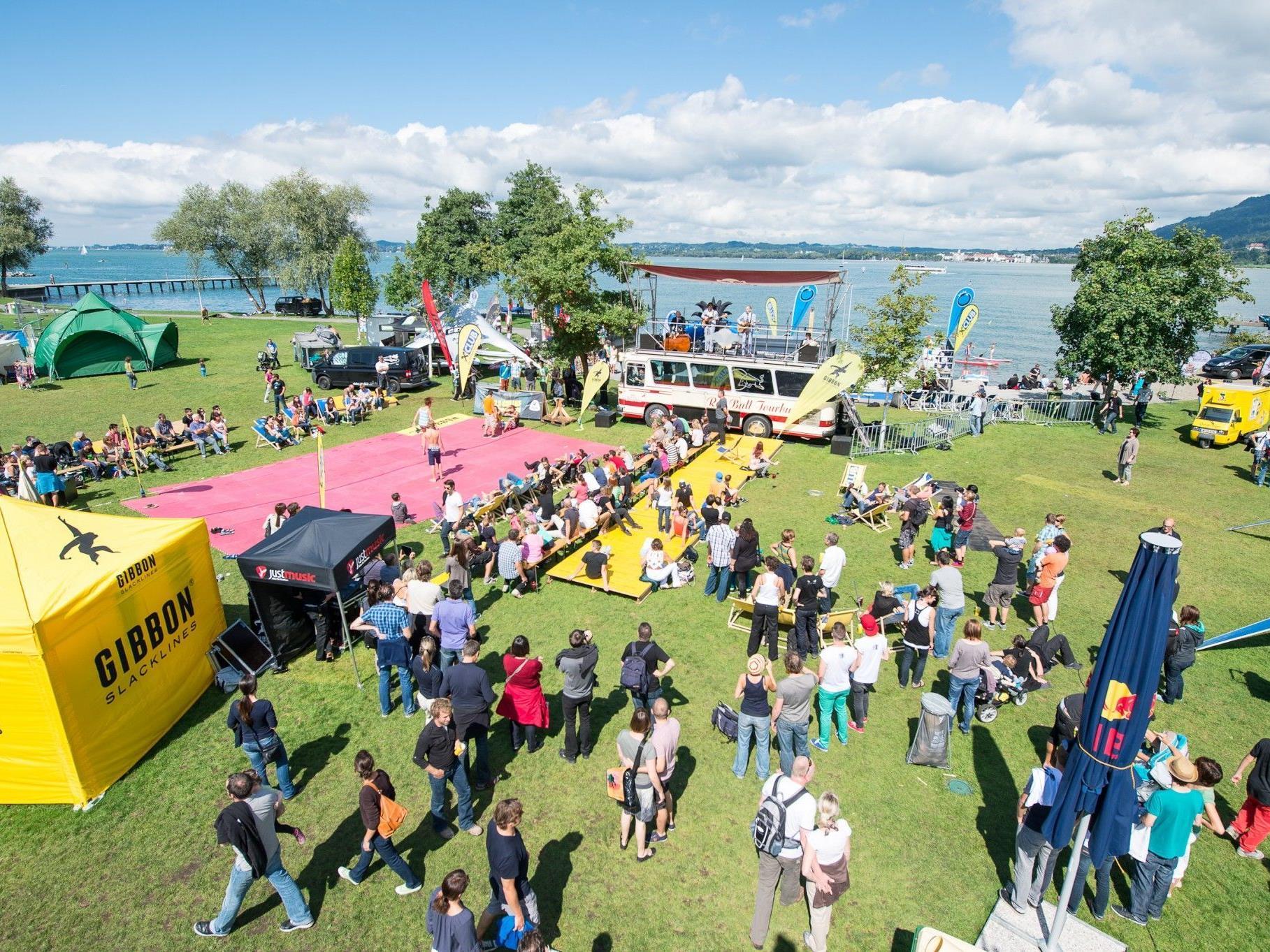Am Sonntag ging das diesjährige Freakwave Festival bei  gutem Wetter und der Band Alldra zu Ende.