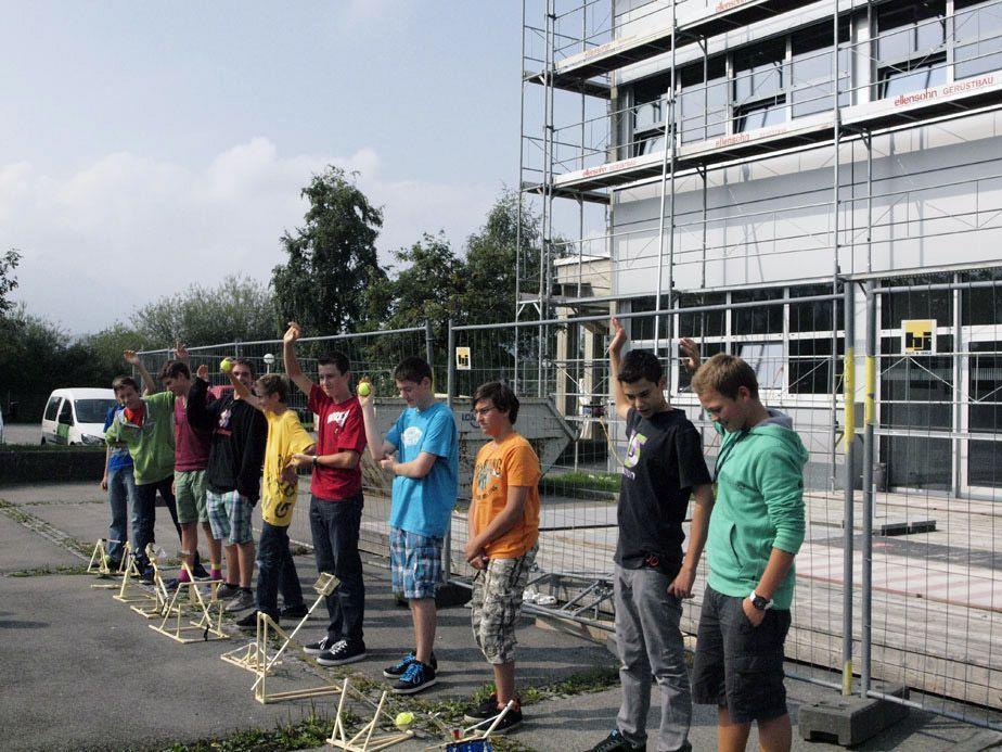 Rund 90 zukünftige Schüler konnten im dritten HTL-Camp ihr technisches Können beweisen. Tridonic und Zumtobel übernahmen das Sponsoring für das Camp.