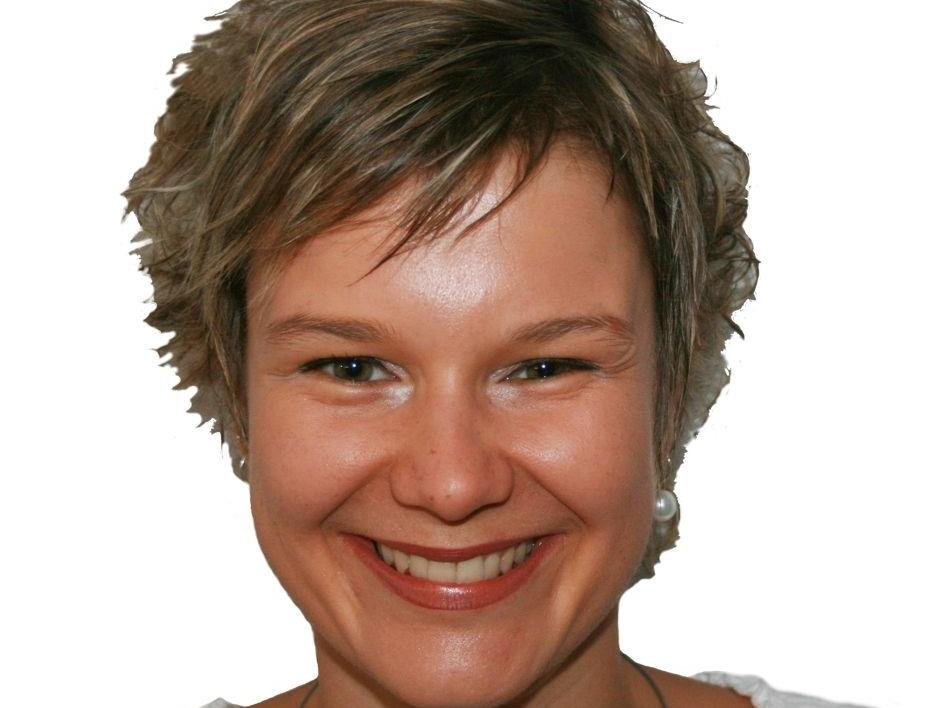 Referentin Verena Holzer