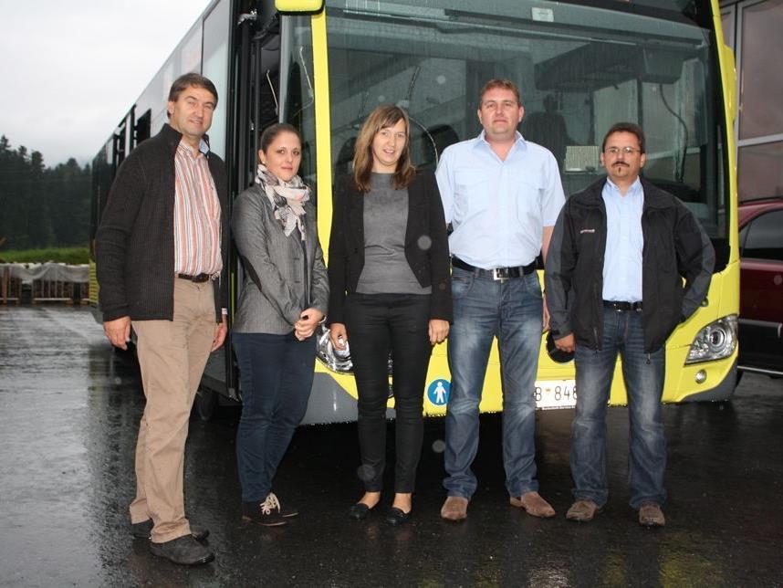 Probefahrt: Wolfgang Hagspiel, Caroline Jäger, Daniela Kohler, Gerhard Felder und Martin Zündel.