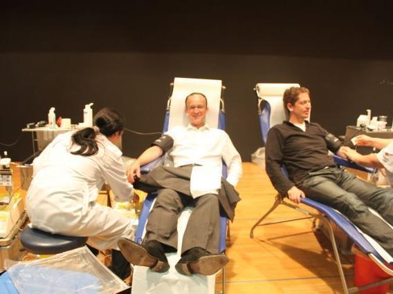 Blutspendeaktion in Tisis – Großer Pfarrsaal Mittwoch, 10. Oktober 2012, 16 – 20 Uhr