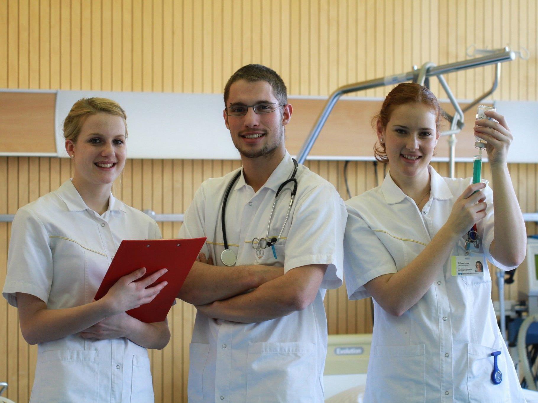 Die Pflegeausbildung bietet attraktive Berufschancen.
