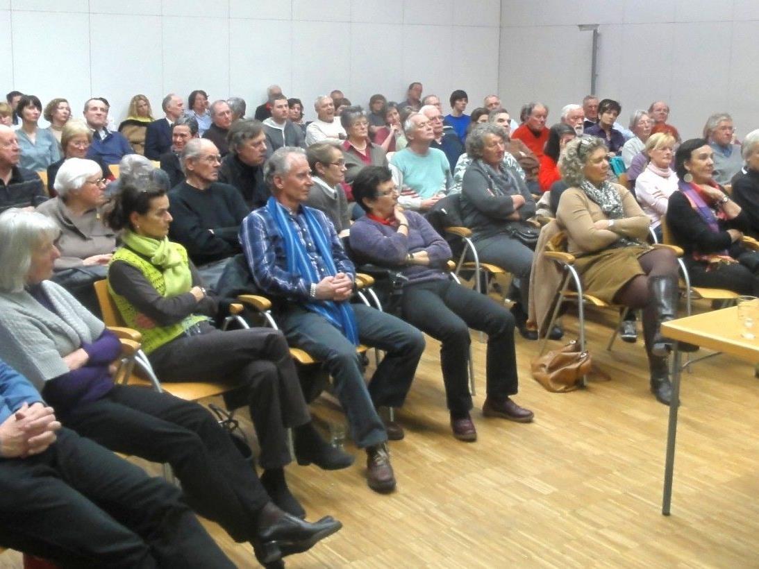 Die Kath. Arbeitnehmer/innen Bewegung lädt zu zahlreichen Vorträgen und Seminaren ein.