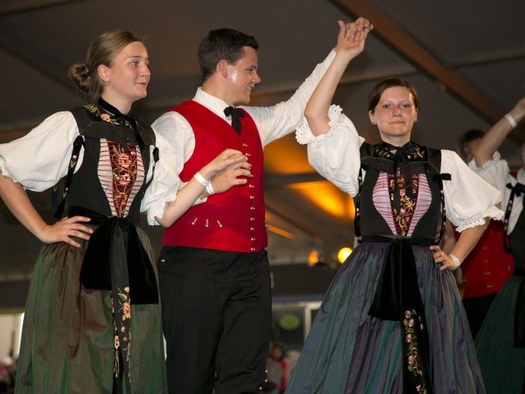 Gelebte Tradition von der Trachtengruppe Vandans.