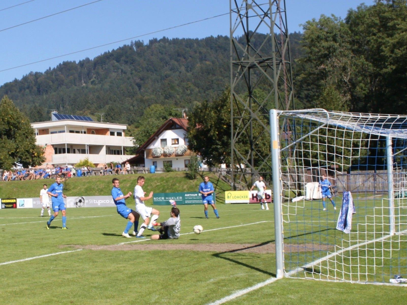 Tolles Tor durch Christof Niklaas im Spiel gegen Admira Dornbirn.