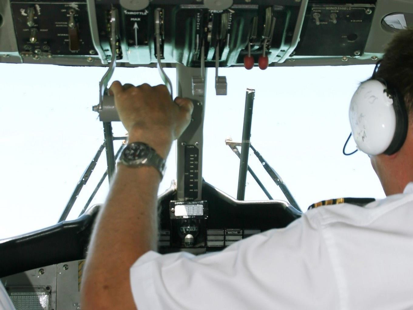 32-Jähriger flog als Pilot an Bord einer Air Dolomiti-Maschine von München nach Turin.