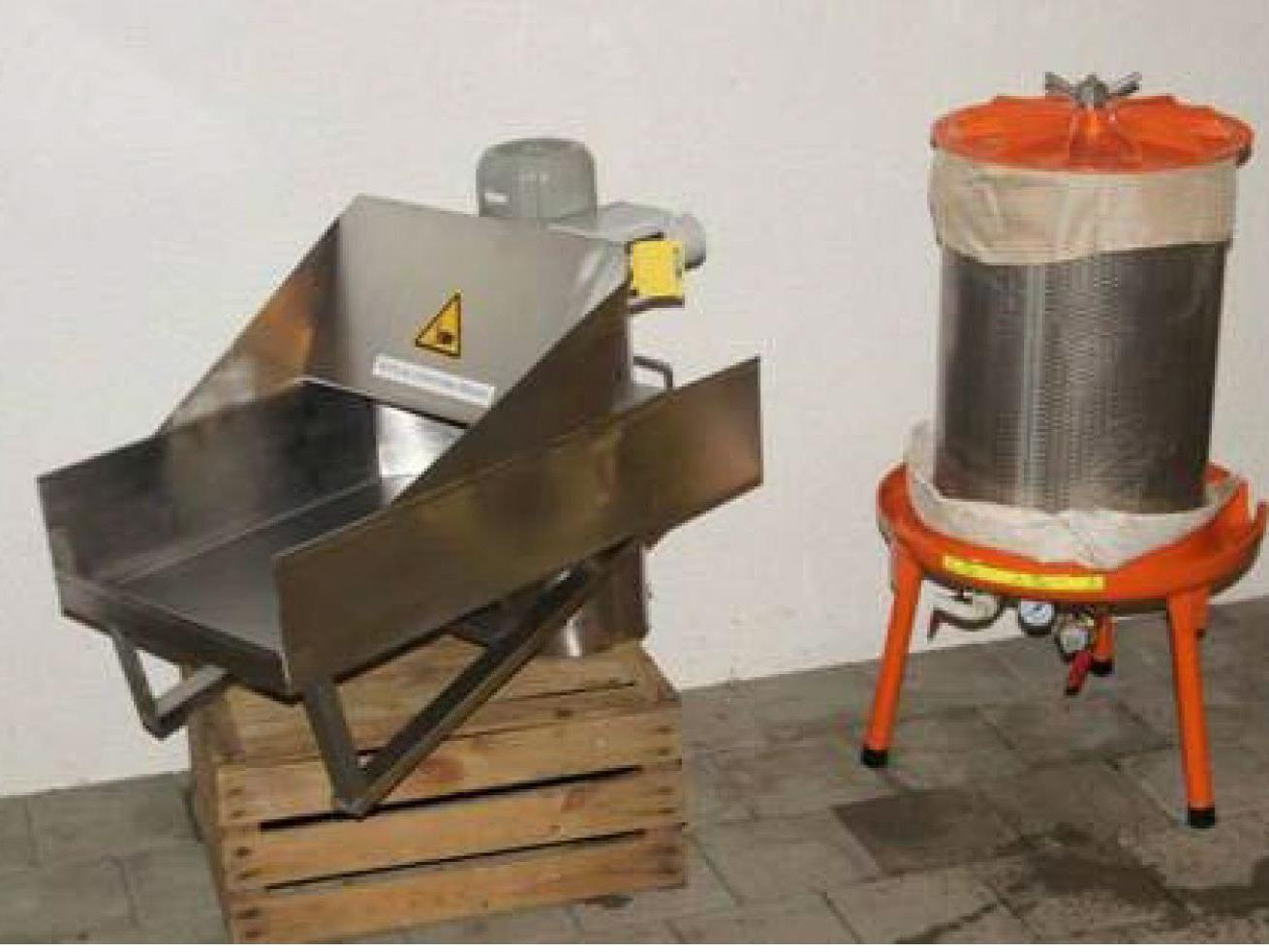 Maischmühle und Süßmost-Presse