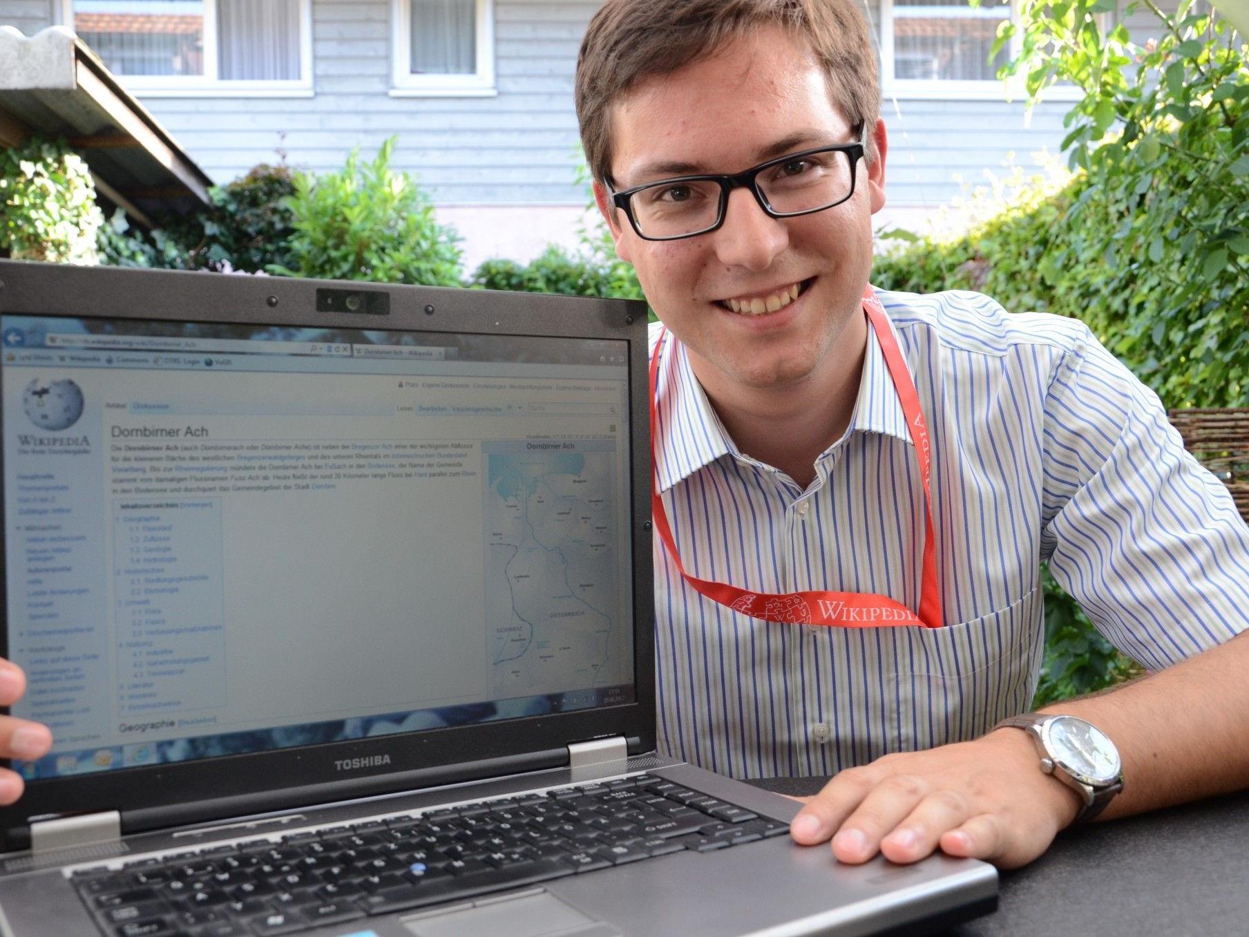 Der 22-jährige Thomas Planinger ist Autor für die Online-Enzyklopädie Wikipedia und Mitarbeiter der WikiCon 2012.