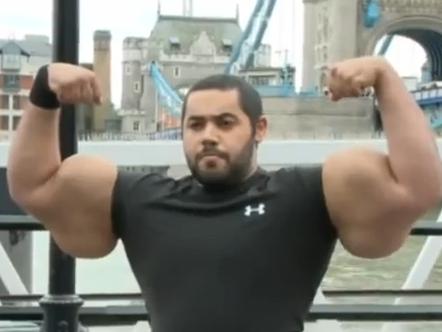 Der Ägypter Moustafa Ismael hat den größten Bizeps der Welt.