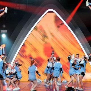 """Die Cheerleader-Girls beeindruckten bei der """"Großen Chance""""."""