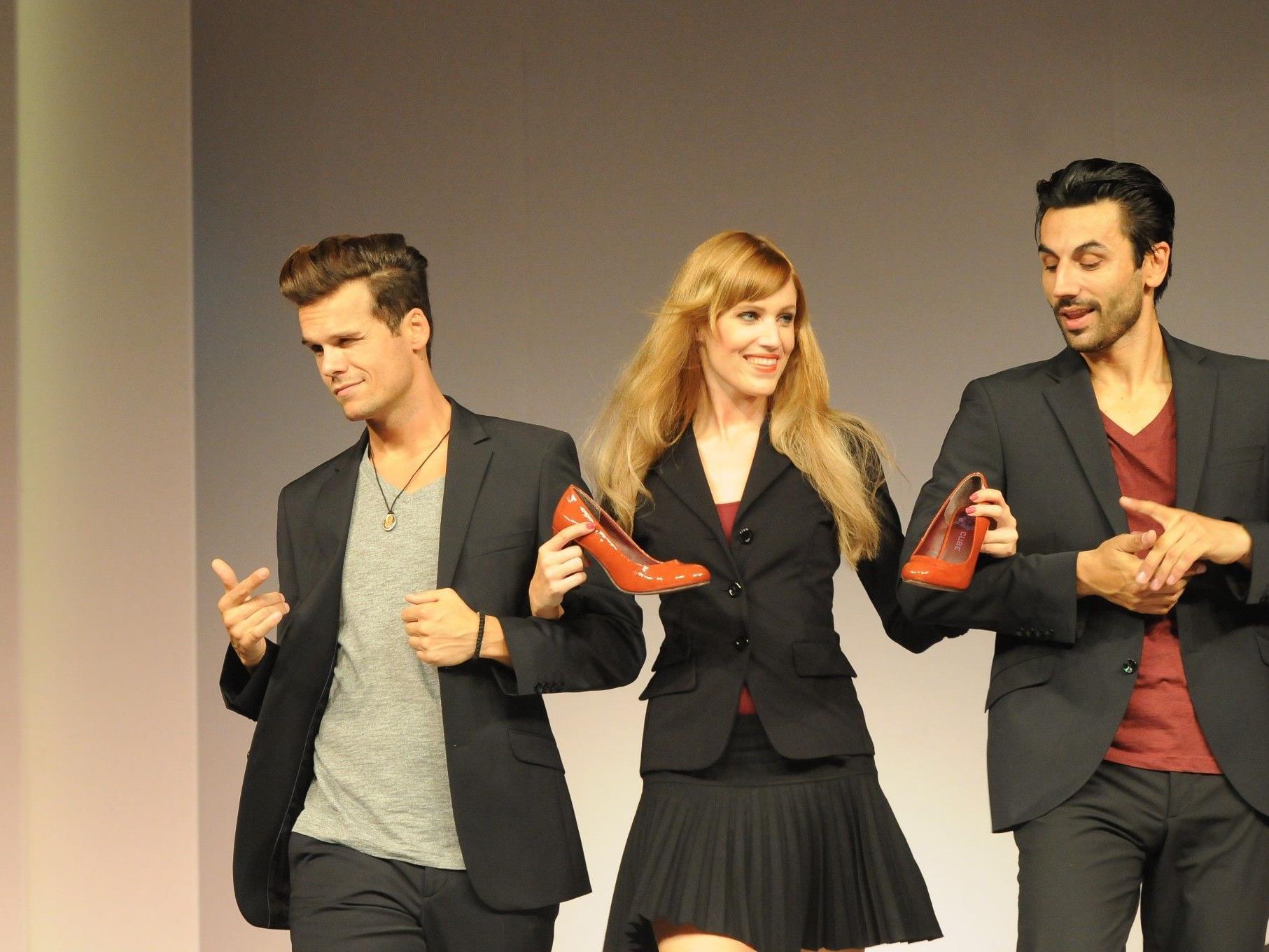 Die Hypo-Modeschau präsentiert auf originelle Weise die neuesten Trends.